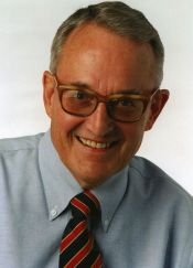 Edwin Pope, 2001 winner of the Bert McGrane Award