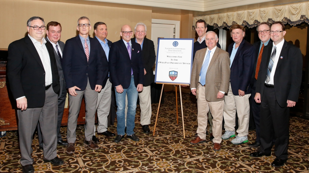 Former FWAA presidents Alan Schmadtke (2005), Tony Barnhart (1998), George Schroeder (2009), Mike Griffith (2007), Dennis Dodd (2006), Mark Blaudschun (1999), Ivan Maisel (1995), Kirk Bohls (2014), Dick Weiss (2004), Chris Dufresne (2013) and Mark Anderson (2016) attended the Past Presidents Dinner on Jan. 6, 2017, in Tampa. Photo by Melissa Macatee.