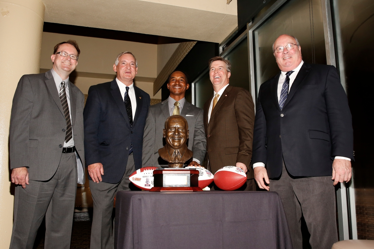 Left to right: 2016 FWAA President Mark Anderson, Allstate Sugar Bowl President Chuck Lapeyre, Eddie Robinson III, Colorado Coach Mike MacIntyre, winner of the FWAA Eddie Robinson Coach of the Year Award, and Paul Hoolahan of the Sugar Bowl on Jan. 7, 2017, in Tampa. Photo by Melissa Macatee.