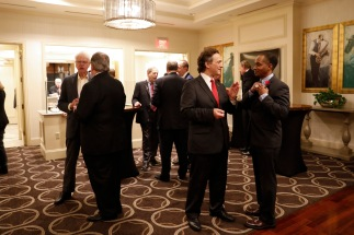 Guests of the FWAA gathered for cocktails before the annual dinner. (Photo by Melissa Macatee)